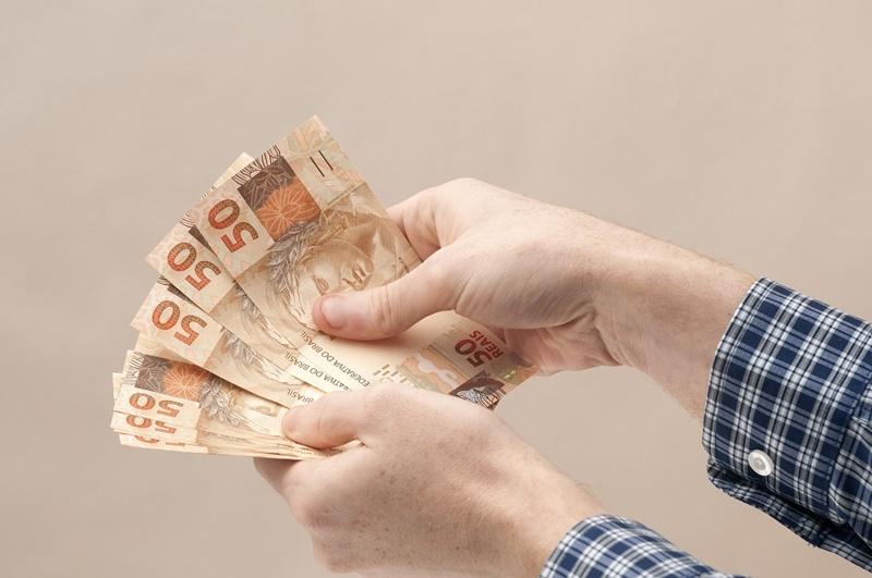 Como fazer um empréstimo online urgente com restrição