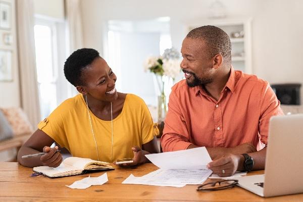 Quais os benefícios do empréstimo online com restrição?