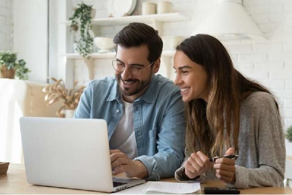 Saiba como pedir empréstimo online urgente com restrição