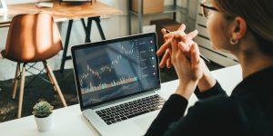 8 passos para analisar o mercado de ações